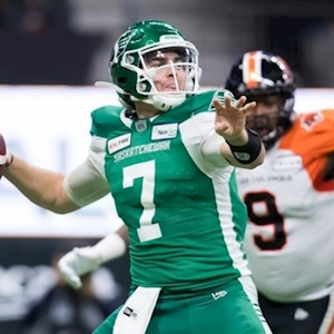 Quarterback Cody Fajardo signs contract extension with Saskatchewan Roughriders